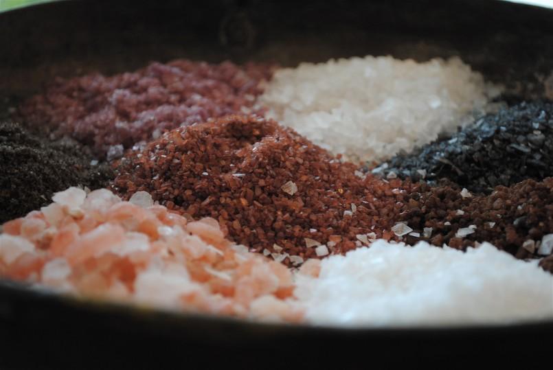 various types of salt in black bowel