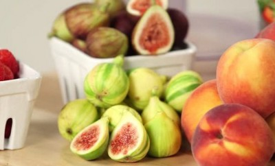 figs peaches and strawberries