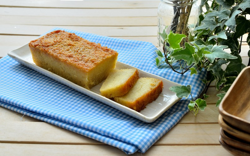 traditional baked sweet cassava cake
