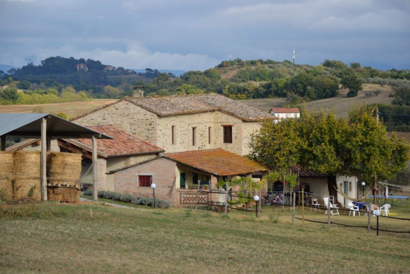 perugia farm house