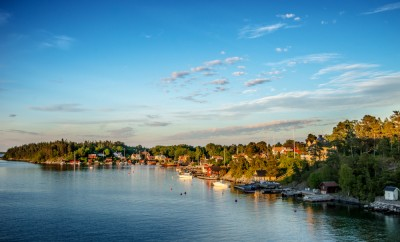 Quiet coastal village on Stockholm archipelago at evening (Kopmanholm, Sweden)