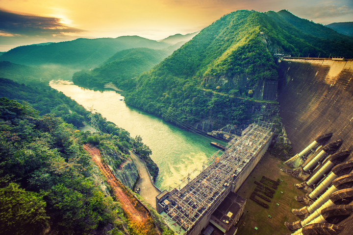 The power station at the Bhumibol Dam in Thailand