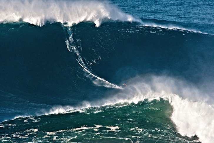 largest wave ever