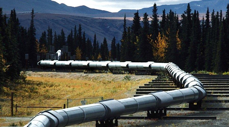 Keystone Pipeline Leak Spills 17,000 Gallons Of Oil Into ...