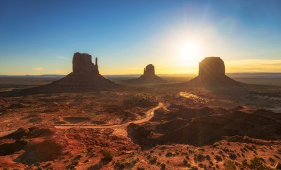 Beautiful sunrise at Monument Valley, Arizona