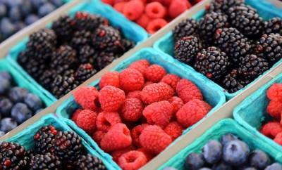 Mix berries includes rasberries, black berries and blue berries