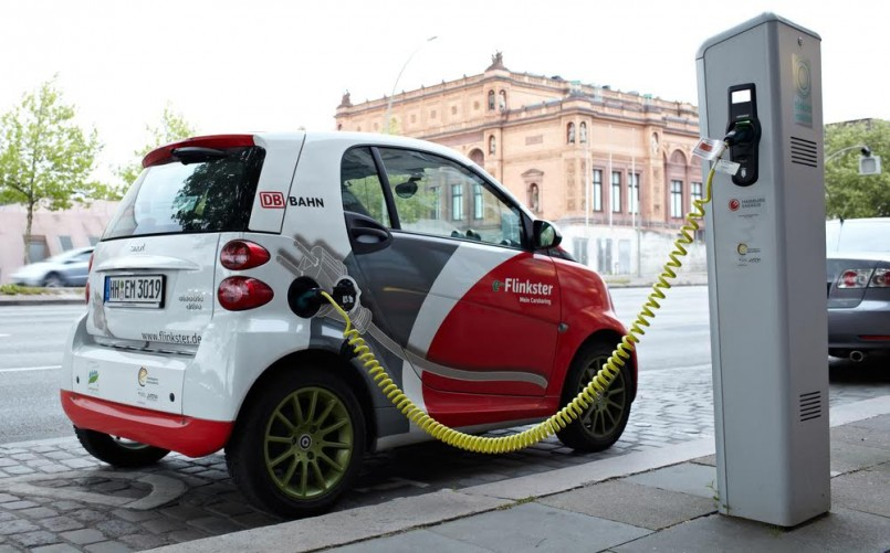 Electric car at a charging station on the Glockengieserwall street near the Hamburg Kunsthalle