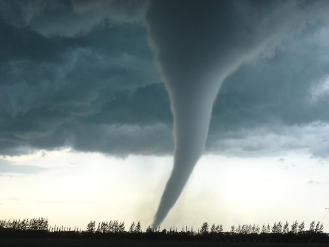 strongest-tornado-in-canada